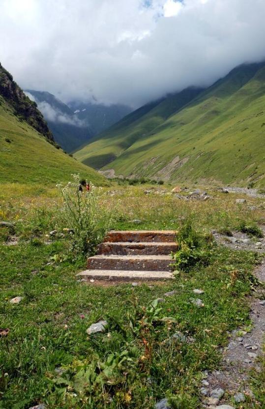 escaleiras, khevsureti, georgia